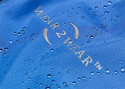 Weatherproof: The structure of the material in detail. Image: Schoeller Textil AG