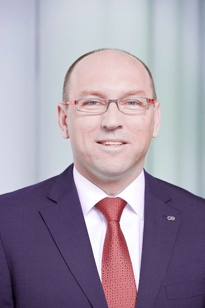 André Wissenberg, Head of Marketing, Corporate Communications and Public Affairs for the Oerlikon Manmade Fibers segment and Chairman of the VDMA Marketing and Trade Fair Committee (c) 2020 Oerlikon