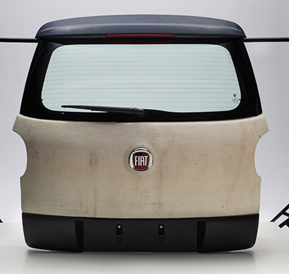 The 3D-Lighttrans tailgate created for the Fiat 500L (back). (c) 2018 Vandewiele